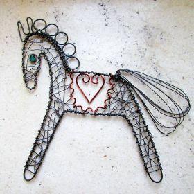 drátovaný koník