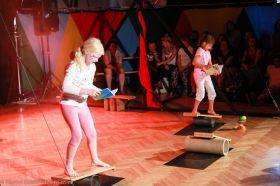 Cirkus LeGrando - čtvrtek - pokročilí - Pohybová průprava - 1