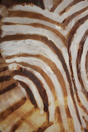 talíř s africkým motivem