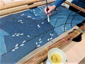 Malujeme na hedvábí